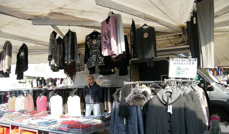 Anna Rosa Mescolini – Abbigliamento E Maglieria Donna